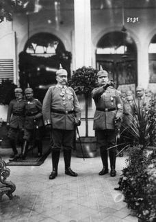 Why did the Germans win the Battle of Tannenberg in 1914